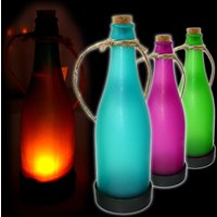 Farbige Dekoflasche mit Solarzelle und Flackerlicht