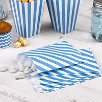 Süßigkeiten-Tüten mit blauen Streifen